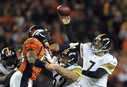 Pittsburgh Steelers quarterback Ben Roethlisberger (7) throws in the fourth quarter of the NFL football game against the Denver Broncos in Denver on Monday, Nov. 9, 2009. Pittsburgh Steelers center Justin Hartwig (62) blocks Denver Broncos defensive end Chris Baker (75). The Steelers won 28-10. (AP Photo/Chris Schneider)