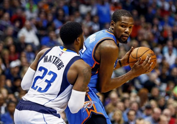 kevin-durant-wesley-matthews-nba-oklahoma-city-thunder-dallas-mavericks-590x900